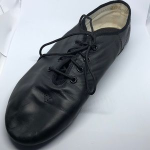 Other - 2 for 15$ Leather Dance shoes for a girl, size 5.5